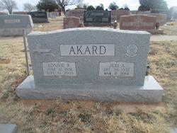 """Ellnor J """"Jeri"""" <I>McCause</I> Akard"""