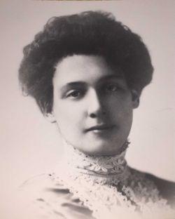 Mary  Elizabeth <I>Dewar</I> Henderson
