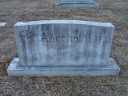 Mildred E Aderholdt