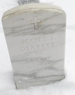 Scott J Derrett