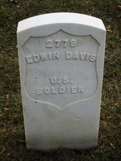 Edwin Davis