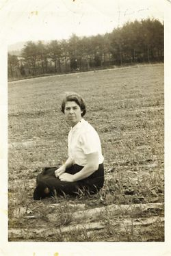 Monnie Lois <I>Bates</I> McTaggart