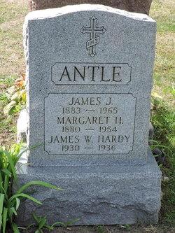 Margaret Henry <I>Hagen</I> Antle