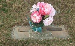 Minnie <I>Lockhart</I> Farmer