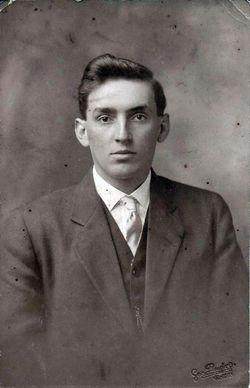 "Francis Dell ""Frank"" Redford"