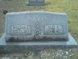 Glee R <I>Williams</I> Davis
