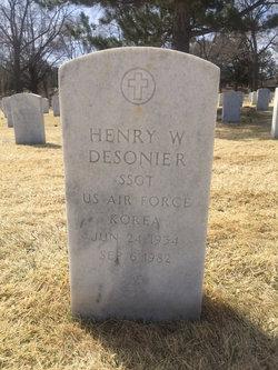 Henry W Desonier