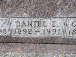 Daniel Earl Erwin