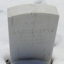 Antoinette Fescura