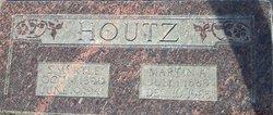 Edith Myrtle <I>Guiver</I> Houtz