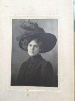 "Mary Ellen ""Nell"" Hodnett"