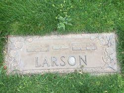 Aksel E. Larson