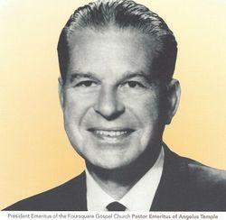Dr Rolf Kennedy McPherson