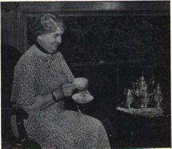 Fannie E <I>Hoover</I> Buffington