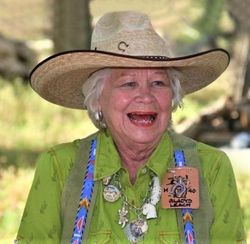 Gladys Vidella Swanette <I>Ekstadt</I> Leach