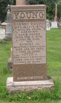 Robert Young, Jr