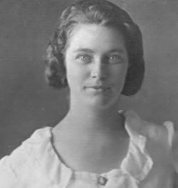 Gertrude E Bridcott