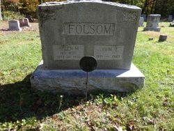 Helen M <I>Grant</I> Folsom
