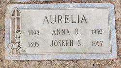 Anna <I>Onifer</I> Aurelia