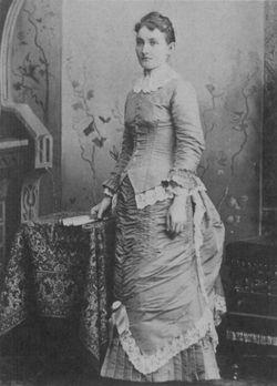 Bertha C <I>Crawford</I> Hubbard