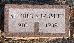 Stephen S Bassett