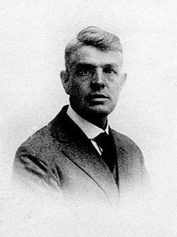 Robert Elliott Brown