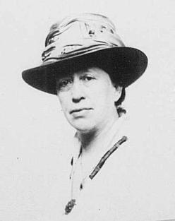 Dr Julia Seton