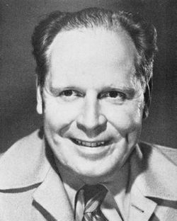 Clarence Sinclair Bull