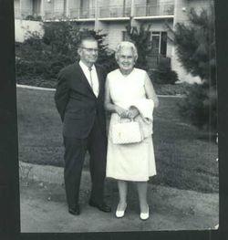 Florence Lorine Wortman Frazier (1901-1996) - Find A Grave ...
