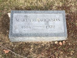 Mary Elizabeth <I>Holton</I> Fredrickson