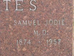 Dr Samuel Jodie Estes