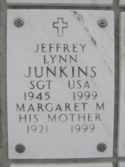 Margaret M Junkins