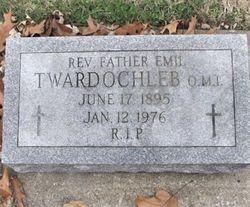Rev Fr Emil Twardochleb omi