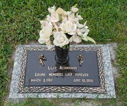 Lilly Altamirano