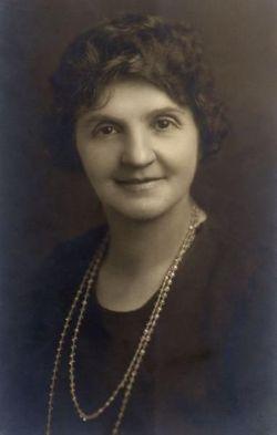 Annie Pauline <I>Henton</I> Wright