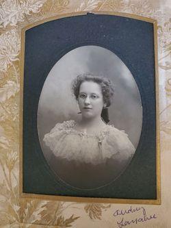 Audrey Mae Larrabee