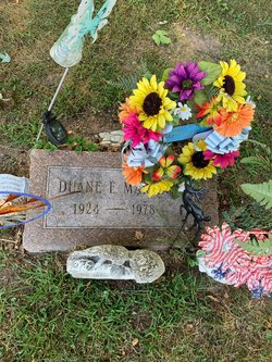Duane E Martin