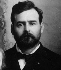 "Dr Clarence Edmonds ""Ed"" Hemingway"