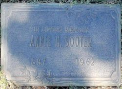 """Anna Grace """"Annie"""" <I>McCarty</I> Sooter"""