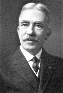 Lucius Lee Hubbard