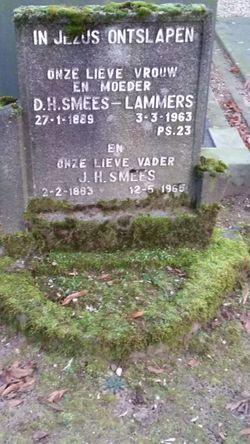 Dina Hendrika <I>Lammers</I> Smees