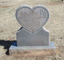 Tori Dann Albright
