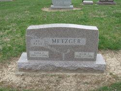 Allie L Metzger