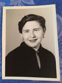 Ruth Ellen Stoever