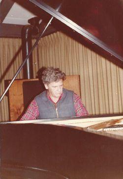 Howard Leslie DeMastus