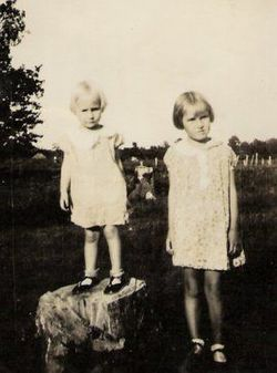 Mary Pearl <I>Allee</I> Snyder